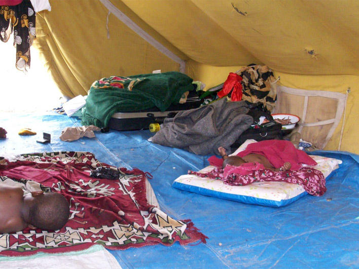 Living quarters for Darfuris in Chad